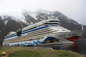 Mit der AIDAluna in den Fjorden Norwegens