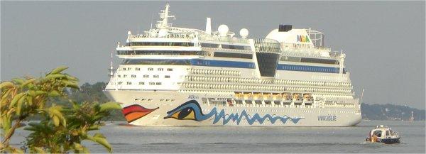 AIDAbella ab Hamburg