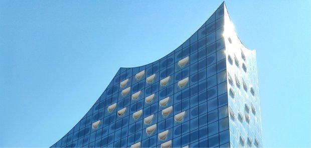 Elbphilharmonie Hamburg - ein neues Wahrzeichen im Hamburger Hafen